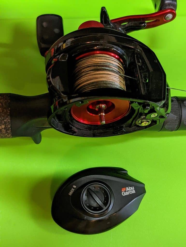 abu garcia black max low profile reel with sideplate removed
